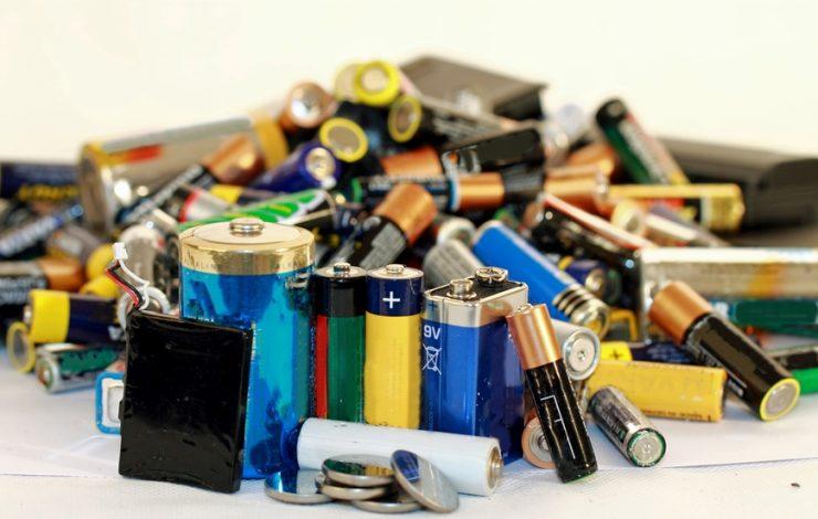 Bosch Laser Entfernungsmesser Kaufland : Batterie ausgelaufen was tun und wie die kontakte am gerät reinigen?