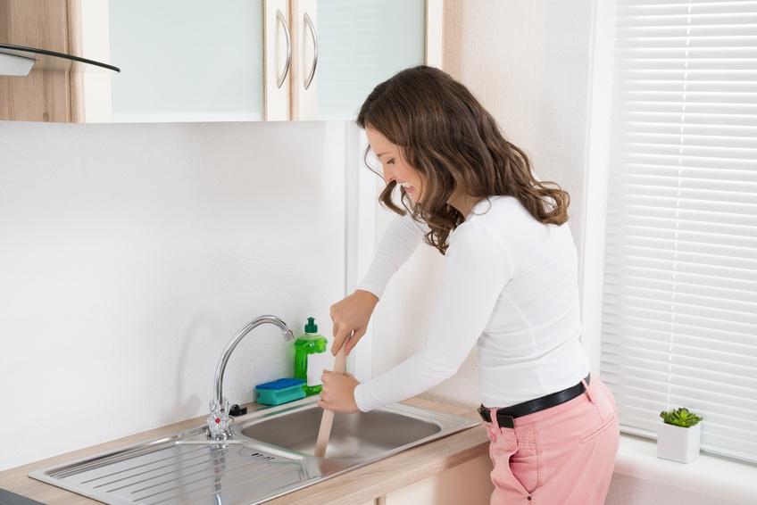 abfluss verstopft was hilft und wie vorgehen beim siphon reinigen. Black Bedroom Furniture Sets. Home Design Ideas