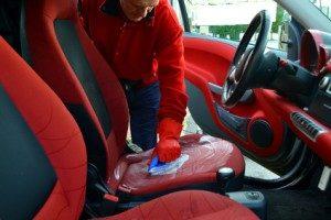 Autositze reinigen mit Rasierschaum