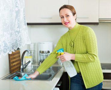 Spülbecken reinigen