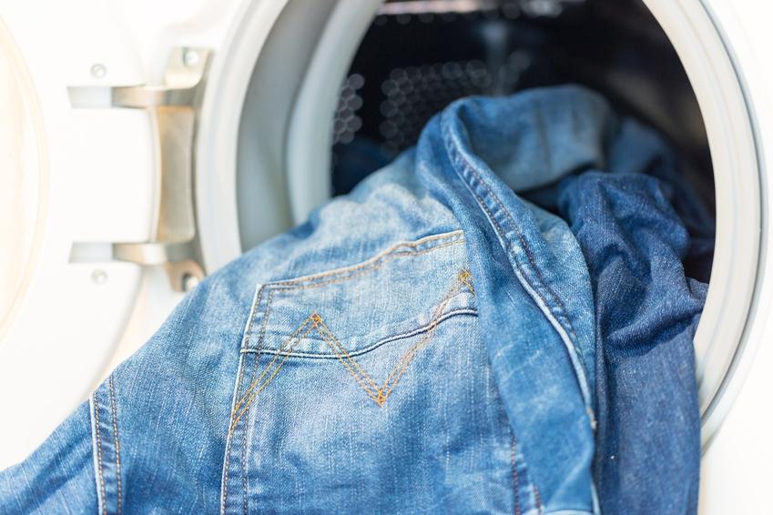 jeans waschen wie oft waschmittel temperatur was beachten. Black Bedroom Furniture Sets. Home Design Ideas